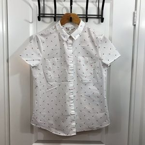 Large Short Sleeve White Button Too